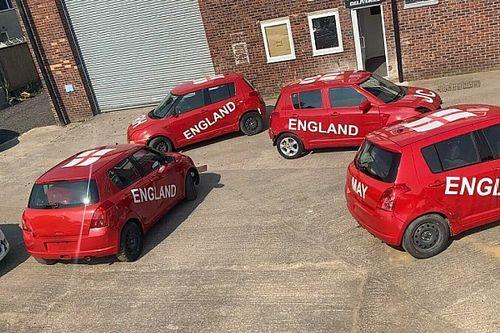 Kilenc Suzuki Swift talált gazdára a Top Gear autós focijának flottájából