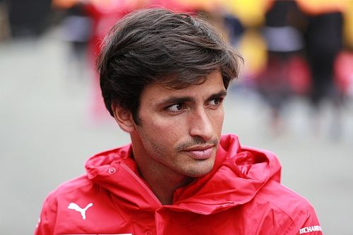 F1: Sainz 'não quer ser como Barrichello' na Ferrari e projeta título