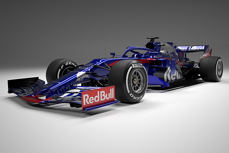 Toro Rosso unveils its 2019 Formula 1 car