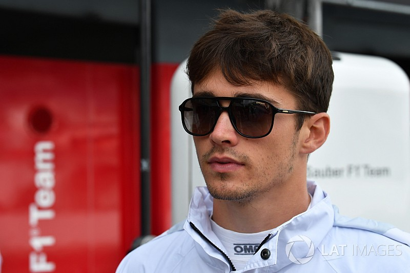 Ferrari знову звернулася до плану заміни Райкконена на Леклера