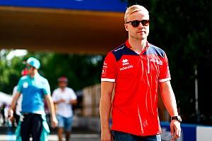 Riyad Formula E yarışında Wehrlein'ın yerine Rosenqvist yarışacak