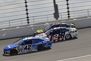 NASCAR Roundtable: Who will be eliminated at Kansas?