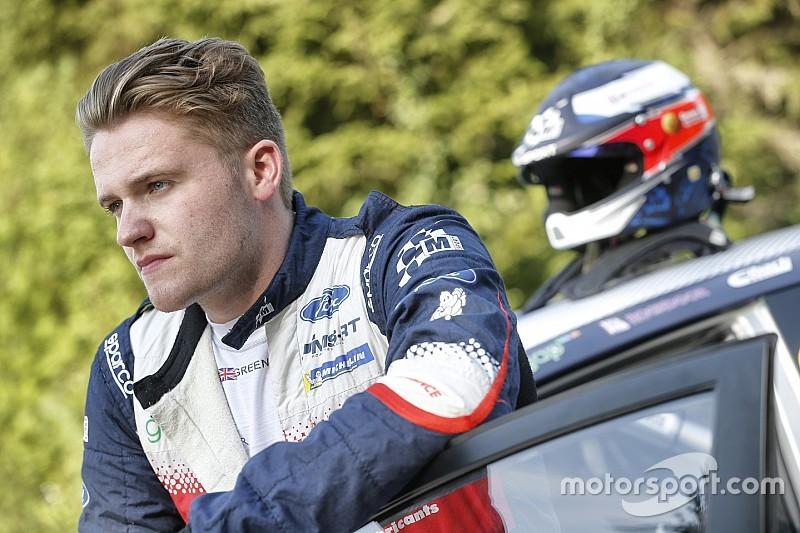 M-Sport WRC2 ikilisi test kazasından sonra hastaneye kaldırıldı