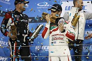 WTCC Reporte de la carrera Victoria de Guerrieri y título de Bjork en Qatar