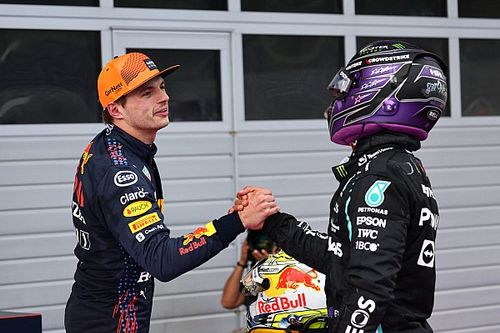 """Coulthard: Hamilton """"truly relishing"""" Verstappen F1 title fight"""