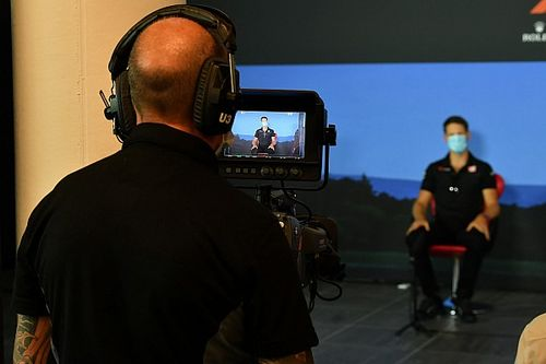 Direto do Paddock AO VIVO: 'acampamento' de Vettel, bronca de Hamilton e mistério de Mercedes e Renault