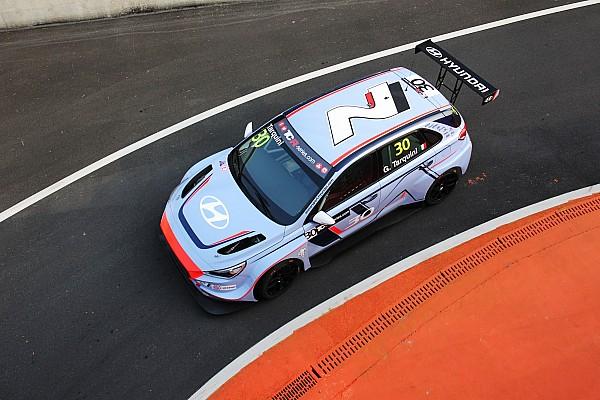 Spettacolare vittoria Tarquini-Hyundai in Gara 1 a Zhejiang