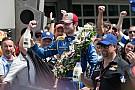 "IndyCar ""笔记本"":百届Indy 500,""菜鸟""亚历山大·罗西夺冠"