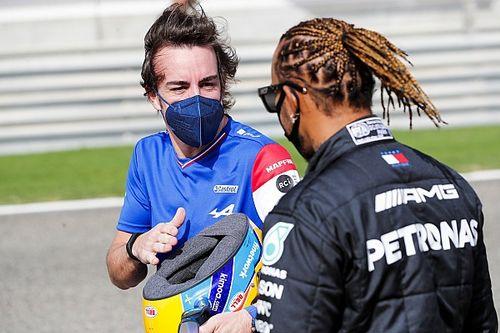 Alonso Komentari Pencapaian Hamilton