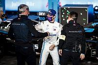 """Mercedes: """"De Vries güvenlik aracına rağmen kazandığı için şanslıydı"""""""
