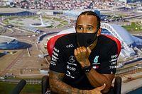 """Hamilton: """"FIA verandert regels om races spannend te houden"""""""