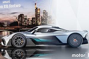 Autó Motorsport.com hírek Aston Martin Valkyrie vs. Mercedes-AMG Project One