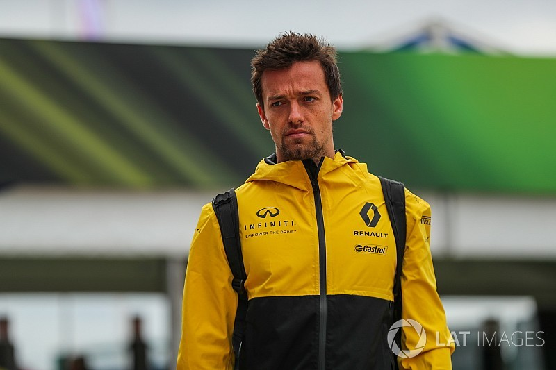 Renault boss hits out at Palmer replacement rumours