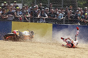 MotoGP Новость Шванц посоветовал Маркесу научиться меньше падать