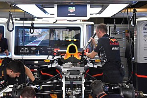 Red Bull: Verstappen prova la sospensione con il bracket