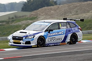 BTCC Qualifying report Oulton Park BTCC: Turkington takes Subaru's first pole