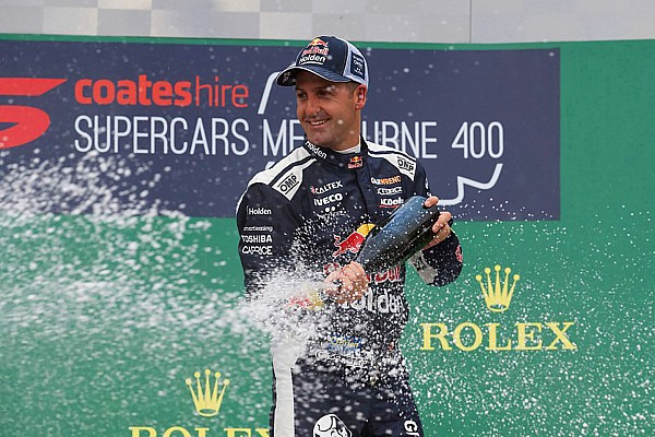 Albert Park Supercars: Whincup dominates wet Race 2