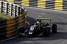 سباقات الفورمولا 3 الأخرى نوريس يلقي باللوم على مشاكل الإطارات حيال ضعف وتيرته في سباق ماكاو