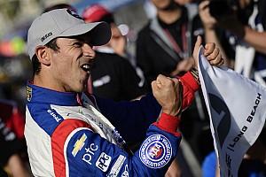 IndyCar Relato de classificação Castroneves quebra recorde da pista e é pole em Long Beach