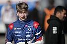 Formula Renault Шварцман выиграл две гонки, перевернул соперника и лишился обеих побед