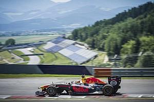 WRC Важливі новини Галерея: Себастьян Ож'є за кермом боліду Формули 1 RB7