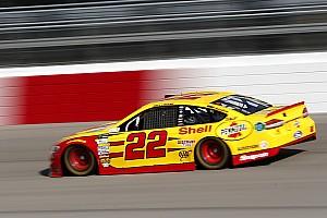 NASCAR Cup Gara Logano trionfa a Richmond e Penske festeggia una grande doppietta