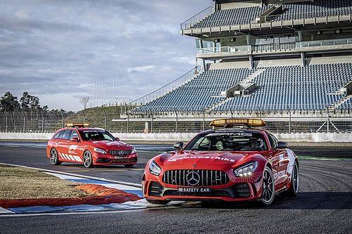 Mercedes'in güvenlik ve tıbbi aracı artık kırmızı renkte olacak