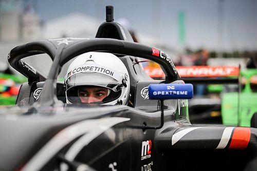 """Bölükbaşı: """"F1'de ülkemi temsil etme hayalime bir adım daha yaklaşıyorum"""""""