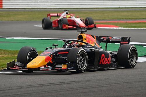 Tsunoda spogląda w stronę F1