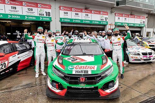 Honda fa il bis con la Civic TCR alla 24h del Nurburgring