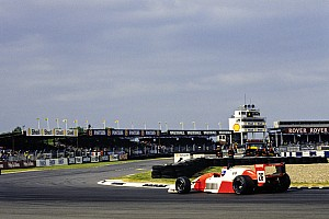 Erik Comas's F3000 title-winning Lola T90/50 to be auctioned