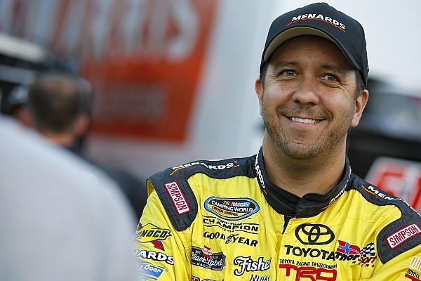 NASCAR Truck Breaking news Matt Crafton to make USAC Midget debut this month