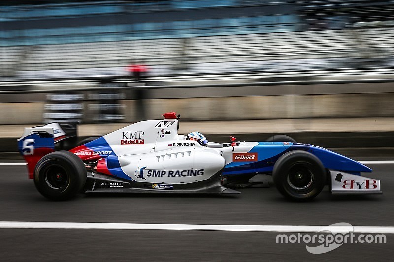 Формула V8 3,5 у США: Оруджев виграв другу гонку