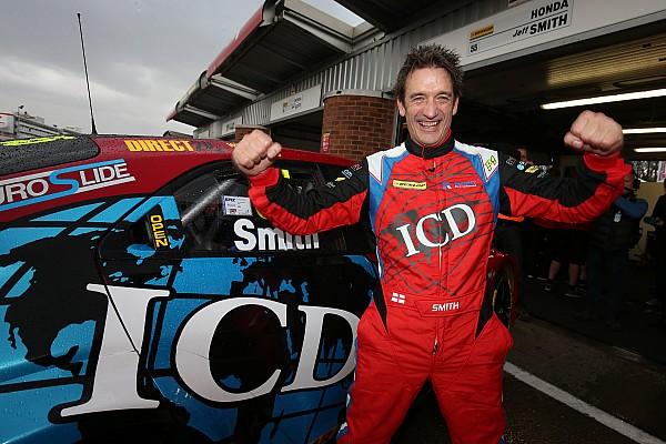 BTCC Sıralama turları raporu Brands Hatch BTCC: Kaos dolu sıralama turlarının ardından Smith pole'de