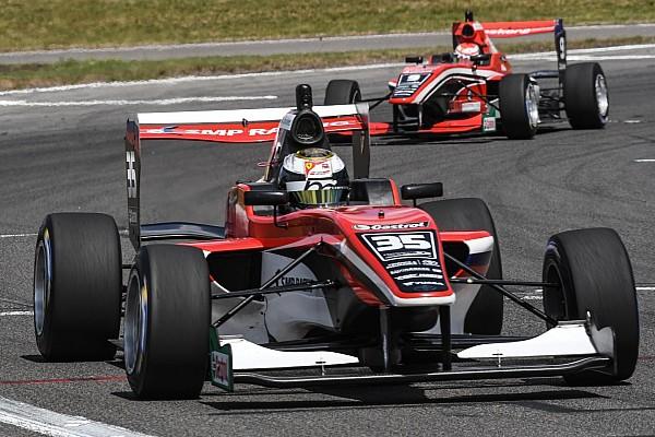 Другие Формулы Отчет о гонке Шварцман стал вторым в первой гонке финального этапа TRS