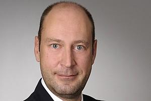 سلاسل متعددة أخبار موتورسبورت.كوم تعيين فلوريان كروز بمنصب مدير الفرع الألماني لشبكة موتورسبورت