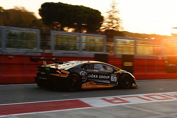Lamborghini Super Trofeo Race report Lamborghini World Final: Wlazik/Scholze win chaotic Am/Cup race