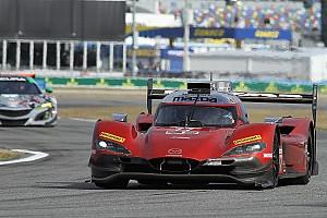 IMSA Crónica de entrenamientos Rast lidera la primera práctica para las 24 Horas de Daytona