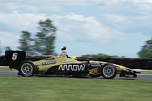 Indy Lights Crónica de Carrera Urrutia vence a Herta en Carrera 1