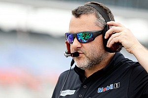 IndyCar Новость Тони Стюарт поможет команде Алешина выставить третью машину на Indy 500