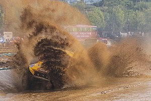 中国汽车场地越野锦标赛COC 比赛报告 COC腾冲站决赛再现碰撞争议  两大厂商车队各有斩获