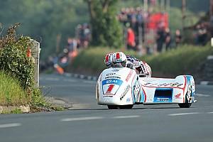 Oldalkocsis körrekord az IOMTT utolsó versenynapján