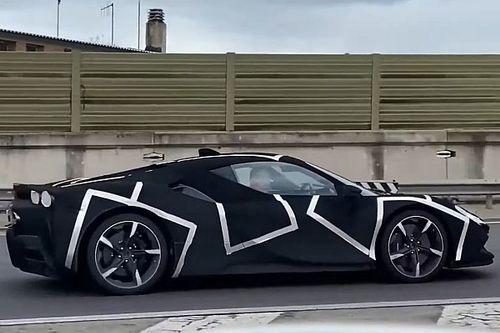 La Ferrari V6 Hybrid surprise près de l'usine?