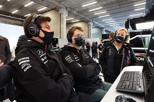 F1: Wolff admite problemas de confiabilidade no motor Mercedes e risco de abandonos na reta final de 2021