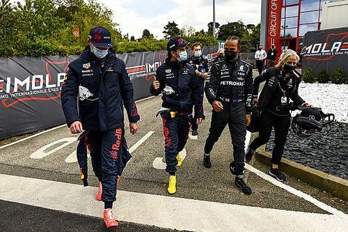 La Red Bull gioca le due punte contro Hamilton