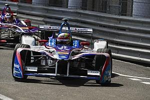 Formule E Nieuws Frijns hoopt in Parijs pech achter zich te laten