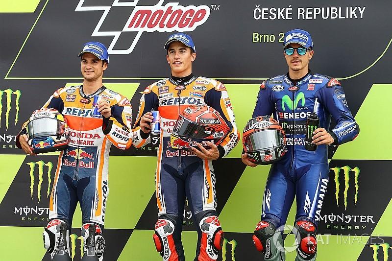 Márquez cambió antes y dominó en Brno