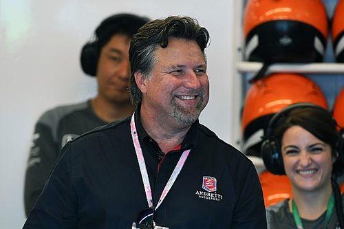 Michael Andretti, Alfa Romeo fabrikasında görüldü