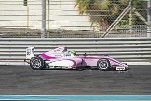 فورمولا 4 الإماراتية تقرير السباق فورمولا 4 الإماراتية: شوماخر يُحرز فوزه الأوّل وكوهلر يُهيمن بانتصارَين في دبي