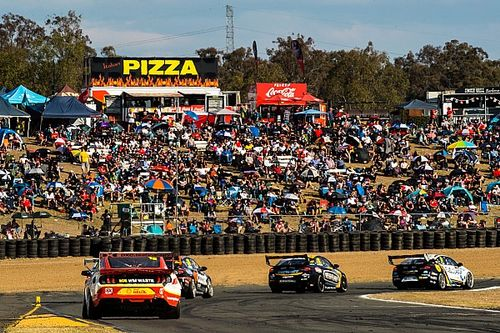 Delay mooted for Queensland Raceway Supercars